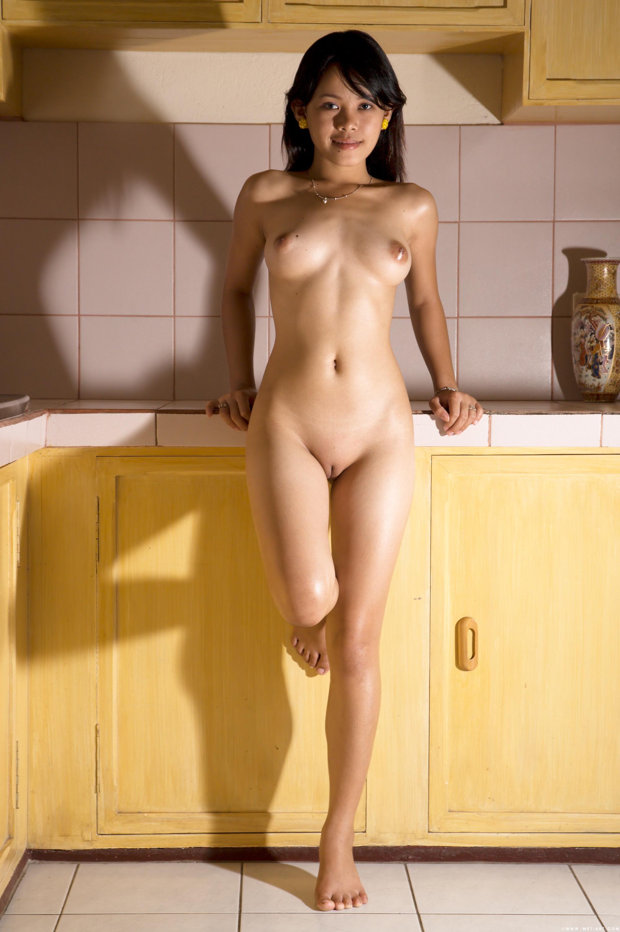 toshie-golie-aziatki