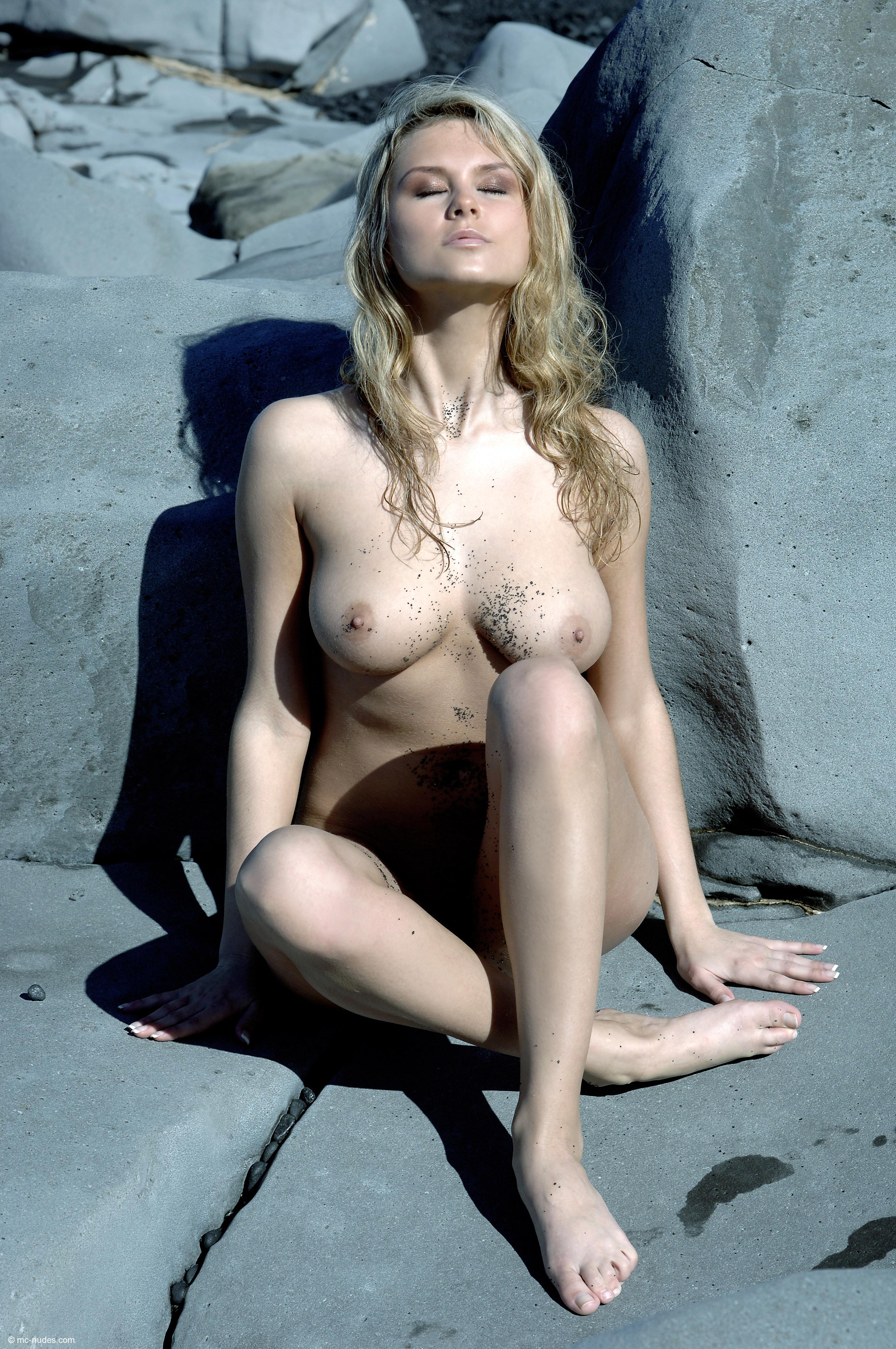 Фото голых грязных женщин 6 фотография