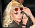 23708689_Lady-Gaga-heads-out-of-her-hote