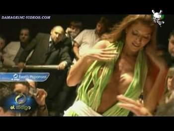 Julieta Gomez nipple slip oops