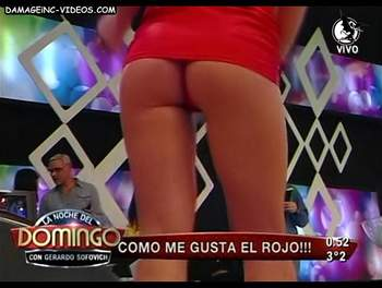 Argentina tv hostess crazy upskirt