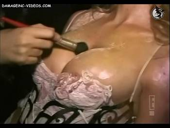 Nicole nipple oops
