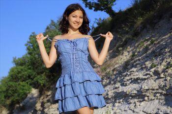 Annalisa Blue Bird-13orebb6tb.jpg