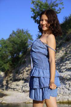 Annalisa Blue Bird-k3orebc5w0.jpg